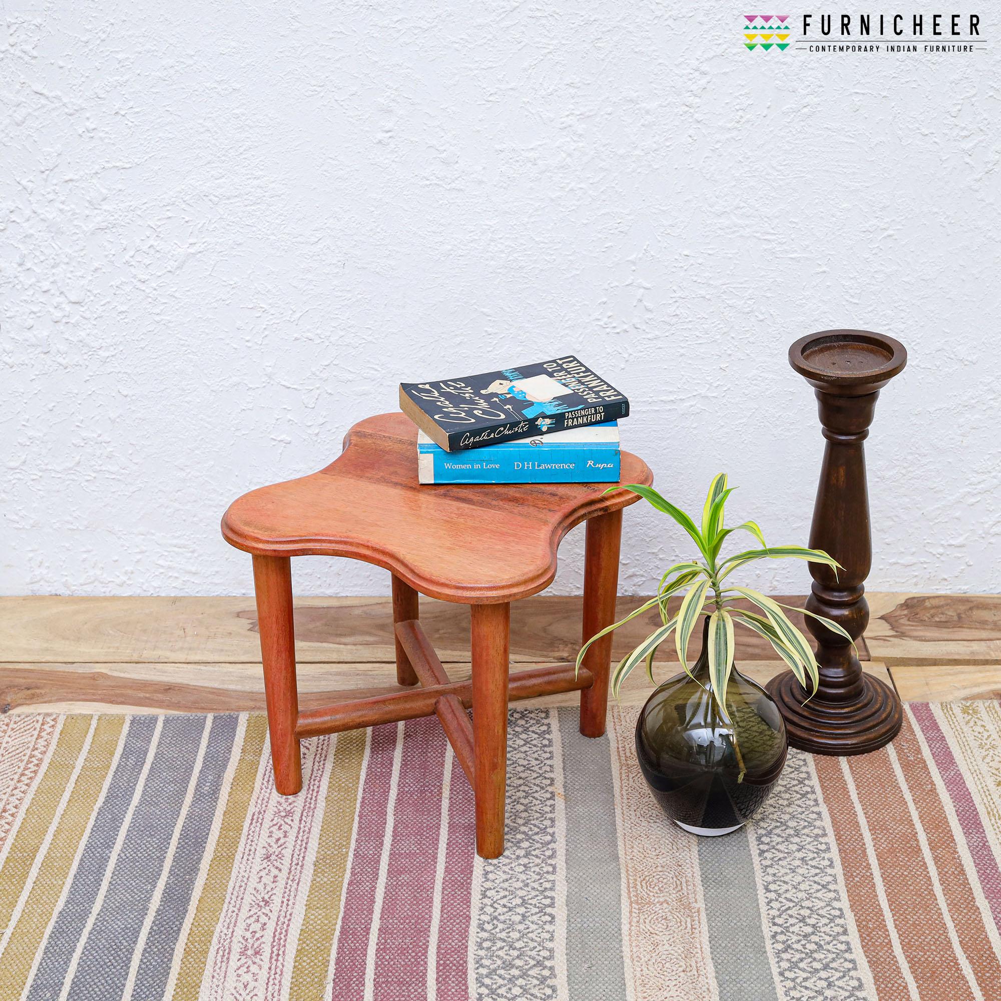 TABLE TBBX7469-1