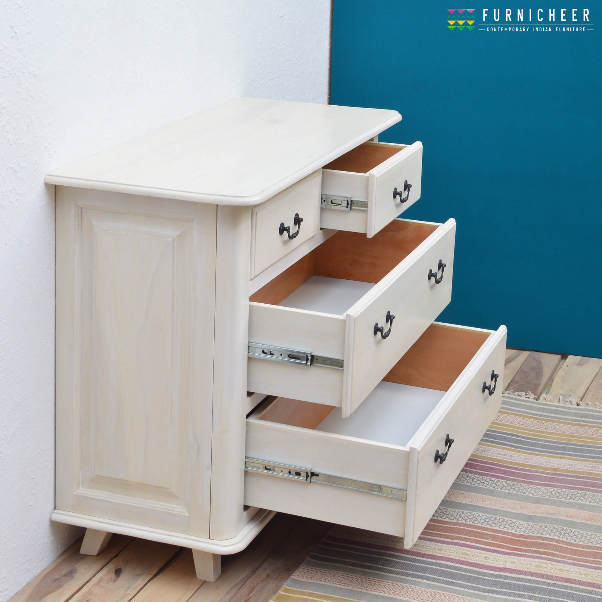 2. CHEST OF DRAWERS CDWT0001