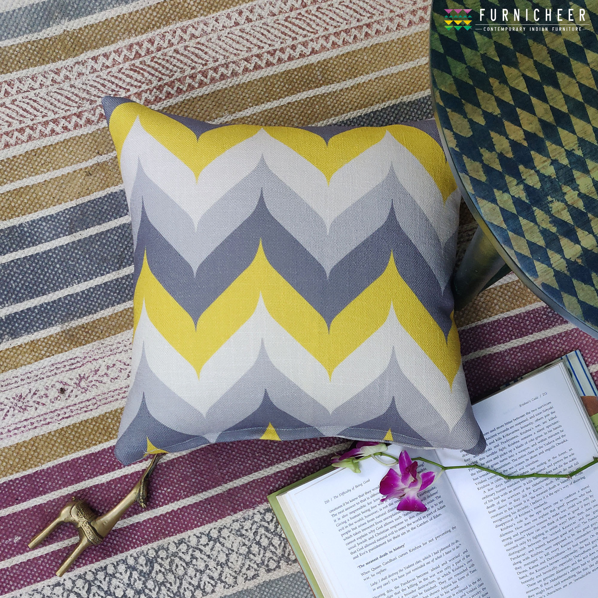 3.CUSHION SKU CUST0001